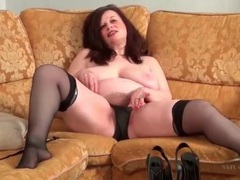 Fat chick fingers her hairy pussy solo movies at lingerie-mania.com