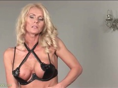 Her fit milf body is incredible in solo video videos