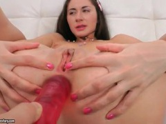 Dildo gapes her asshole before she blows movies at sgirls.net
