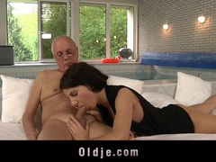 Old man seduced and fucked by young lilu videos