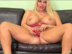 Bbw karen fisher masturbates her pussy videos