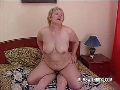 Bbw mature mom seduces sons friend videos