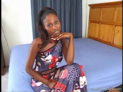 Black girl india in a slow and sexy striptease videos