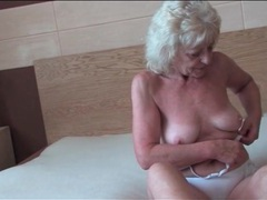 Granny lubes and fingers her sexy pussy videos