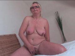 Mature blonde with hairy bush masturbates videos