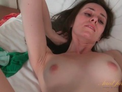 Solo sweetheart gently rubs her pussy videos
