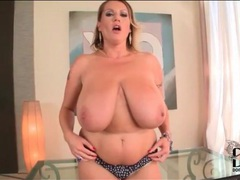 Chubby gal in panties has huge boobs movies at kilopics.net