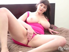 Busty brunette envy vibrates her pink quim videos