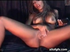 Soaking wet pussy of lusty webcam babe movies at sgirls.net
