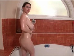 Karina heart drops her robe and gets wet videos
