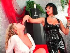 Mistress in black and submissive in white at play movies at kilotop.com