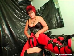 Mature mistress pisses on her submissive girl videos