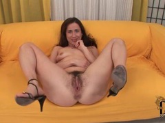 Black guy buzzes her hairy whtie pussy videos
