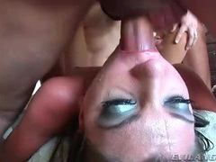Mouth open for face fucking in hot blowbang videos