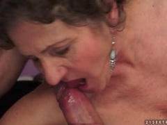 Mature cunt fucked hard in close up clip movies at sgirls.net