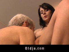 Leda practices sexual exercises with an old man videos