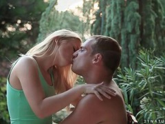 Beautiful kissing and blowjob in the backyard movies at find-best-videos.com