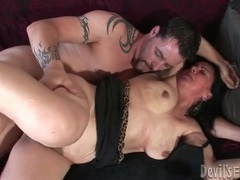 Fat body mature slut fucked in hairy cunt videos