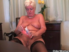 Chubby granny in stockings plays with vibrator movies at sgirls.net