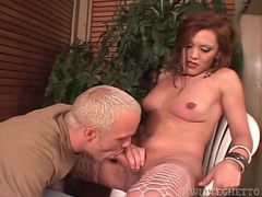 Shemale gets head from eager blonde guy videos