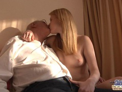 Horny redhead girl gets a sex sale from an oldje videos