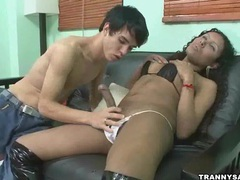 Yummy ebony tranny getting her hard cock sucked on movies at kilotop.com