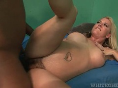 Black cock bangs hairy pussy of a curvy white milf movies at find-best-hardcore.com