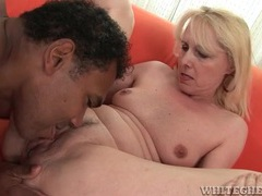 Black guy tongues mature pussy and fucks her videos