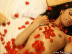 Bollywood beauty strips and dances tubes at korean.sgirls.net