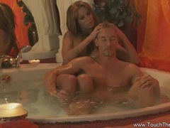 Blonde loves to do massage tubes at thai.sgirls.net