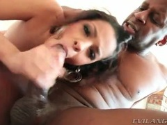 Black girl gives a black cock a nice wet blowjob tubes