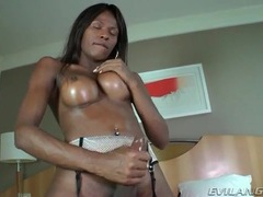 Sucking her heavy black balls until she cums videos