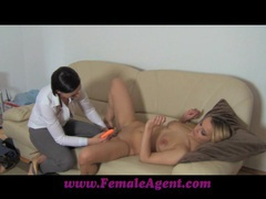 Femaleagent fingers and toys videos