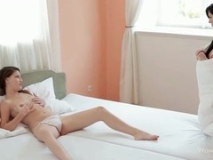 She watches her girlfriend masturbate and licks her videos