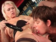 Mature blonde licked and banged by a toy videos