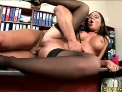 Hottie in stockings fucked on his office desk movies at kilosex.com