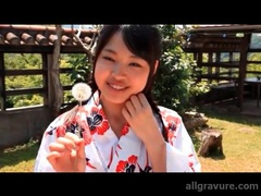 Kimono on a cutie flashing her panties videos