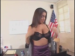 Cock plows the cunt of curvy girl on desk videos