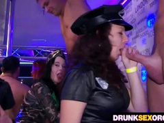 Drunk cock hungry chicks in costumes movies