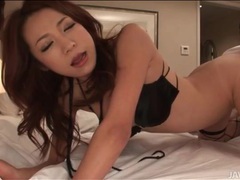 Horny japanese girl gives blowjobs to guys videos