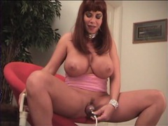 Pussy pump makes her lips all thick and puffy movies at find-best-ass.com