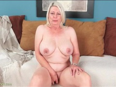 Fat blonde mature masturbates pink pussy movies at kilopills.com