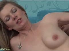 Hardcore fuck of hairy milf pussy videos