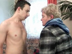 Old young date ends in mature cunt licking movies at freekilosex.com