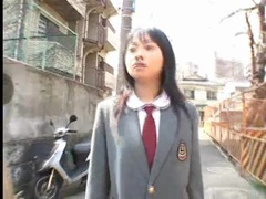 Schoolgirl sucks dick in a dirty alley tubes at japanese.sgirls.net