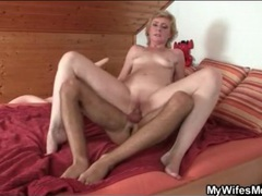 Slender mature slut screwed in wet hole videos