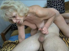 Curvy granny sucks cock in sexy 69 videos