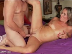 Reverse cowgirl cock grinding with a mom videos