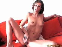 Firm body babe with short hair fondles her tits videos