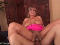 Big natural titties are tasty on cock riding mom videos